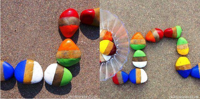 Juegos al aire libre - Colorido domino con rocas