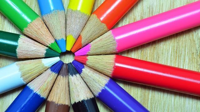 lapices de múltiples colores